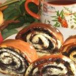 Маковые булочки в шоколадной глазури