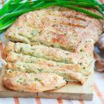 Луково-сырный хлеб